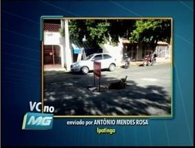 Telespectador reclama de buracos no bairro Ideal em Ipatinga - Telespectador reclama de buracos no bairro Ideal em Ipatinga.