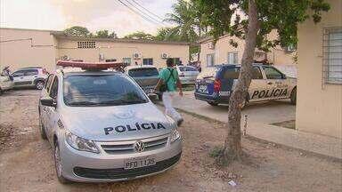 Mais de cem internos tentaram fugir da Funase do Bongi - Eles reclamam da superlotação na unidade, que piorou depois do carnaval.