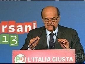 Resultado das urnas ainda não permitiu a formação de um novo governo na Itália - Nesta segunda-feira (4), o líder de centro-esquerda Pier Luigi Bersani cobrou o apoio do líder independente Beppe Grillo. Caso contrário, o país terá que promover novas eleições.