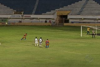 Socorrense derrota Lagarto e assume vice-liderança - Jogando no Batistão, Siri venceu lagartenses por 1 a 0.