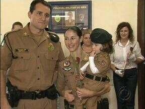 Mulheres são homenageadas em Pato Branco - Cerimônias aconteceram no Batalhão da PM e na Unidade Central de Saúde