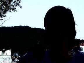 Diretora de escola é agredida por estudante de 13 anos em Florianópolis - Diretora de escola é agredida por estudante de 13 anos em Florianópolis.