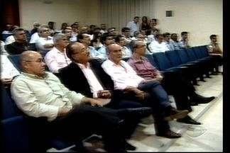 Empresários em Linhares, ES, discutem sobre privatização da BR-101 - Audiência Pública teve a participação do senador Ricardo Ferraço.