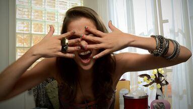 Dicas da Ju: unhas de arco-íris - Curte nail art? Essa é super fácil de fazer