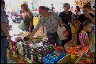 Crescimento nas vendas pode chegar a até 70% nesta Páscoa - A expectativa de crescimento nas vendas é de até 70% nesta Páscoa no Alto Tietê, segundo a Sincomércio. Em algumas lojas, essa expectativa é apenas uma previsão. Já em outras, o aumento já é uma realidade.