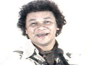 Dominguinhos canta 'Abri a porta' - No Fantástico de 14 de setembro de 1980, Dominguinhos cantou a música 'Abri a porta'.