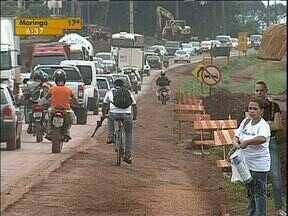 Obras de duplicação da PR-323 deixam o trânsito complicado na rodovia - O resultado é uma série de imprudência que já resultaram em vários acidentes e cinco mortes, desde o início das obras