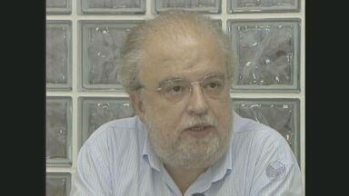 Tadeu Jorge vence por 53% dos votos válidos a consulta que define o novo reitor da Unicamp - O engenheiro de alimentos José Tadeu Jorge venceu por 53% dos votos válidos a consulta para definir o novo reitor da Unicamp. Jorge já foi reitor da Universidade entre 2005 e 2009.