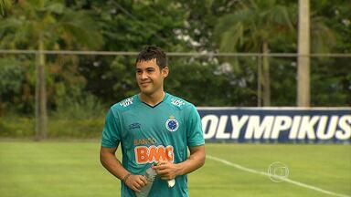 Atacante Vinícius Araújo pode ser titular contra a Caldense no domingo - Dia na Toca da Raposa foi marcado por muita emoção.