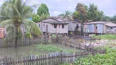 Áreas do Bairro São Sebastião estão em estado de alerta, em Porto Velho - O aumento do nível do Rio Madeira ameaça as famílias. Nesta semana, a água do rio subiu cerca de 20 centímetros.