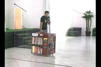 Projeto incentiva a leitura em comunidades do interior - 41 cidades participam da ação.