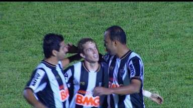 Na véspera do aniversário de 105 anos, Galo vence o Nacional - Galo foi até Patos de Minas e derrotou o Nacional-MG por 3 a 1, com gols de Guilherme, Bernard e Alecsandro.