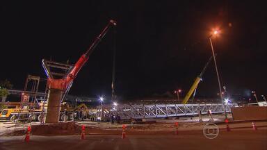 Liberada rampa de acesso de carros ao embarque do Aeroporto do Recife - Trecho foi interditado para construção de passarela na região.