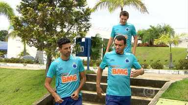 Três jogadores chegam atrasados ao treino na Toca II - Acidente no Anel Rodoviário atrasou Leandro Guerreiro, Ceará e Dagoberto