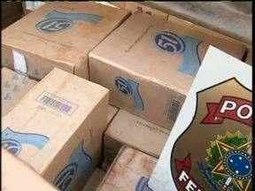 Cigarro contrabandeado é apreendido em Guaíra - As 340 caixas do produto foram encontradas dentro de um caminhão.