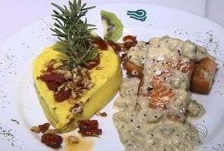 Salmão ao creme de Kiwi é uma boa dica para a Semana Santa - A mistura desse prato deixa a receita mais saborosa. O prato pode ser saboreado no almoço e no jantar. Veja como fazer passo a passo.
