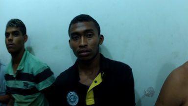 Polícia prende suspeitos de invadirem festa de aniversário e assaltar pessoas - Assalto ocorreu há dois dias.