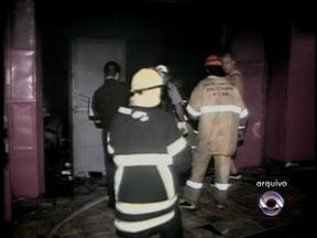Após incêndio na boate Kiss, casas noturnas foram vistoriadas em SC - 241 pessoas morreram no incêndio.