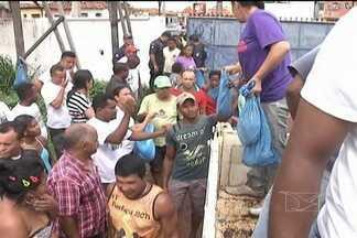Mais de 45 toneladas de peixe serão distribuídas, em Codó - Mais de 45 toneladas de peixe serão distribuídas, em Codó. O pescado vai para a mesa de quem não tem dinheiro para comprar o produto nesta Semana Santa.