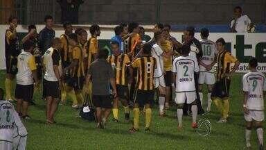 Cuiabá vence o Rondonópolis em jogo com lances polêmicos - O Cuiabá venceu o Rondonópolis em partida tumultuada e com lances polêmicos. Foi a terceira vitória seguida do Dourado, que assumiu a vice-liderança do estadual.
