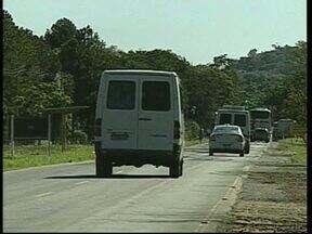 Moradores e turistas que visitam Foz esperam pela duplicação da BR 469 - A rodovia que dá acesso ao Parque Nacional do Iguaçu recebeu melhorias, mas a comunidade reivindica a duplicação. O trecho é de bastante movimento pois também leva ao aeroporto e outros atrativos turísticos.