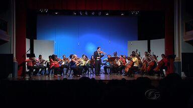 Mais de 600 pessoas assistiram à Orquestra Sinfônica no Teatro Deodoro - Mais de 600 pessoas assistiram à Orquestra Sinfônica na última quinta-feira (28), no Teatro Deodoro, em Maceió.