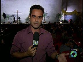 Paixão de Cristo também será encenada na Vila A - Mais de 30 atores sobem ao palco para contar a história da morte de Jesus.