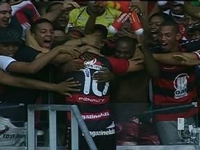 Confira os gols deste domingo (7) pelos campeonatos estaduais - Competições entram na reta final. Rodada foi de goleadas e também da muita festa. Na reabertura da Arena Fonte Nova, Vitória vence Bahia por 5 a 1.