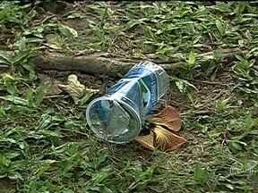 Saiba mais sobre como será a cobrança de multa por jogar lixo no chão - A multa para quem jogar lixo no chão será cobrada a partir de julho. Muitos cidadãos ofereceram apoio a medida de multar as pessoas que jogam lixo no chão. Quinhentos agentes participarão da fiscalização.