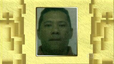Homem é encontrado morto dentro de carro em Montes Claros - O crime foi cometido quando ele chegava ao sítio da família.