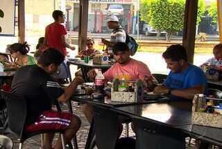 Almoçar fora de casa em Sergipe está 12% mais caro - Esse valor é percebido principalmente nos bolsos das pessoas que necessitam almoçar fora de casa. O economista dar dicas de como economizar, mas sem deixar de lado a alimentação saudável.