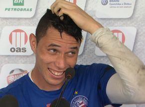 Reserva de Lomba, goleiro Omar mostra que tem estrela - Com Omar no gol, derrotas do Bahia são raras.