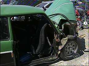 Mulher morre em acidente entre Sorocaba e Itu - Uma mulher morreu em um acidente, neste fim de semana, na rodovia SP-79, entre Sorocaba e Itu (SP), conhecida como Estrada Velha de Itu. Segundo a polícia, os dois motoristas envolvidos na batida estavam alcoolizados.