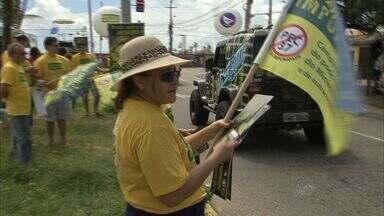 Ministério Público do CE faz manifestação contra PEC 37 em Fortaleza - Ação aconteceu neste domingo (21), na Praia do Futuro, em Fortaleza.