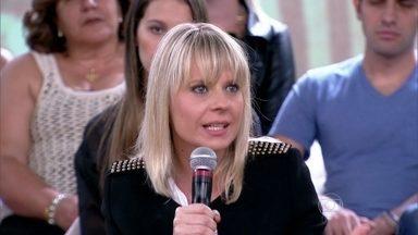 Paula Martins é contra mudar o estilo excessivamente - Convidados revelam como gostam de se vestir fora das câmeras