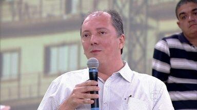 José Luis é síndico de um condomínio no Rio com 3 mil moradores - Síndico é um bom conciliador e diz que não há brigas no prédio