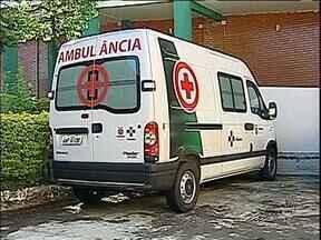 Ambulâncias novas estão paradas em Londrina - Faltam documentos para que os veículos possam circular.