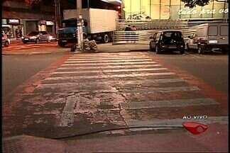 Confira como anda o comportamento de motoristas e pedestres da Grande Vitoria - Diretor do Detran-ES faz um giro pela cidade e verifica o desrespeito de pedestres e motoristas no trânsito.