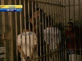 Paralisação de agentes penitenciários causa transtornos na rotina de penitenciárias em SC - Paralisação de agentes penitenciários causa transtornos na rotina de penitenciárias em SC