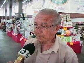 Empresas de Rio Grande, RS, contratam profissionais acima de 60 anos - Iniciativa tem dado oportunidades para quem, depois da aposentadoria, decidiu retornar ao mercado de trabalho.