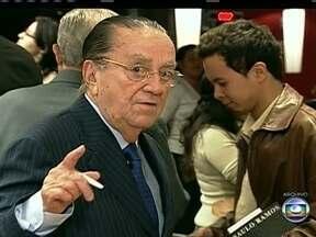 Ex-ministro da Justiça Saulo Ramos morre em São Paulo - Saulo Ramos tinha 83 anos e morreu de problemas cardíacos. Ele foi ministro da Justiça no governo de José Sarney, no fim dos anos 80. Em 1992, ele conduziu a ação que levou à cassação dos direitos políticos do ex-presidente Fernando Collor.