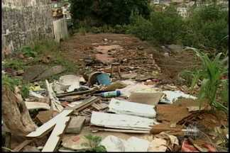 Mogi das Cruzes suspende limpezas de terrenos particulares - A Prefeitura de Mogi das Cruzes suspendeu as limpezas de terrenos particulares. O contrato com a empresa que fazia o serviço venceu e não houve interesse de renovação.