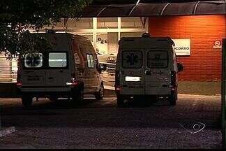 Jovem é baleada em assalto em Vila Velha, ES - Segundo a mãe, filha estava com fones de ouvido e não percebeu o crime. Vítima foi baleada no rosto e está internada no Hospital São Lucas.