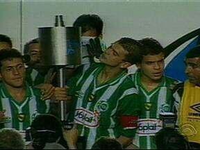 Relembre o clássico Juvenal da Copa do Brasil de 1999 - Partida terminou 4 a 0 para o Juventude em pleno Beira-Rio.