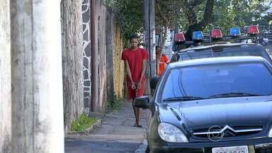 Polícia faz reconstituição do assassinato de advogada em Belo Horizonte - Ela foi agredida e estrangulada na garagem de casa.