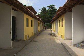 Casas do conjunto Riachinho foram entregues sem água e energia elétrica em João Pessoa - Prefeitura de João Pessoa entregou as casas sem fazer as ligações de água e energia elétrica.