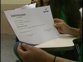 Detentas cocnluem cursos profissionalizantes em Rio Grande - Cursos foram oferecidos pelo Senac.