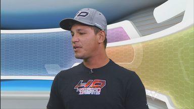 Entrevista com Leco Salazar, campeão Mundial de Stand Up - Leco venceu a etapa brasileira do Mundial de Stand Up, em Ubatuba.