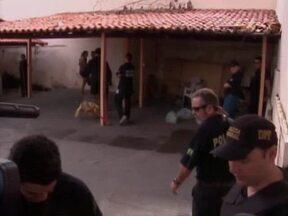 Presos da 'Operação Pioneiros' podem ser soltos neste fim de semana - Pelo menos 14 pessoas foram presas no início da manhã e os policiais fizeram a apreensão de armas e drogas em uma casa no bairro Lourival Parente e outra no bairro Alegria, Zona Sul da capital.