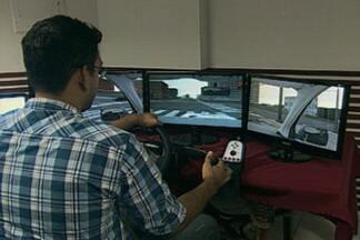 No próximo mês, autosescolas devem utilizar simuladores com alunos - A novidade veio como norma do Conselho Nacional de Trânsito.
